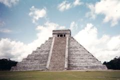 Temple maya de Chichen Itza au Mexique - SL