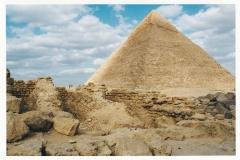 La pyramide de Gizeh en Egypte - SL