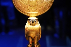 Horus, faucon solaire, tombeau de Toutankhamon, 1327 av. J.C. - SL 2019