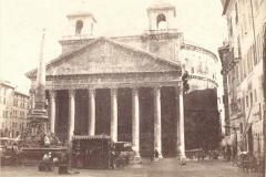Panthéon  avec tours chrétiennes, Rome, 19ème siècle - wikimedia commons, domaine public