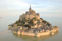 Abbaye du Mont Saint Michel, 8ème siècle - wikimedia commons, Amaustan CC BY-SA 4.0