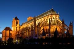 Cathédrale Saint Etienne de Bourges, 13ème siècle - wikimedia commons, Wladyslaw Sojka, CC BY-SA 3.0