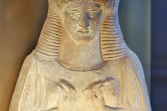 Protomée féminine de Thèbes, 5ème-siècle av. J.-C., musée du Louvre - SL