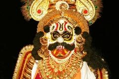 Démon Râkshasa, Spectacle Karnataka,  Inde - Wikimedia commons, par Mr.Manohara Upadhya  uploaded by Gnanapiti , CC BY-SA 3.0,